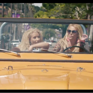 "Britney Spears e Iggy Azalea em ""Pretty Girls"": por quê?"