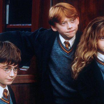 """Filme """"Harry Potter e a Pedra Filosofal"""" será reexibido no evento Cine Potter"""
